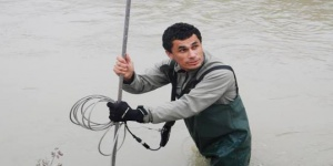 Miden hoy el caudal y la calidad del río Atuel