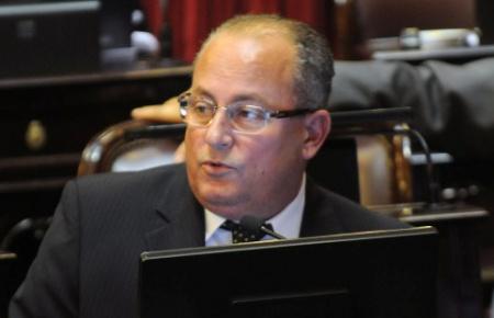 Marino, en el top ten de los más ricos del Senado