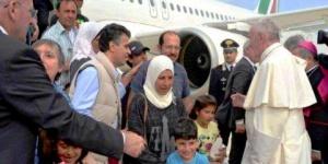"""El papa pidió """"compromisos concretos"""" por refugiados"""