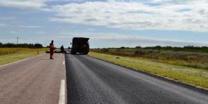 Avanzan trabajos en rutas provinciales